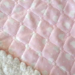 Couverture bébé rose imprimée oursons. Personnalisable-detail