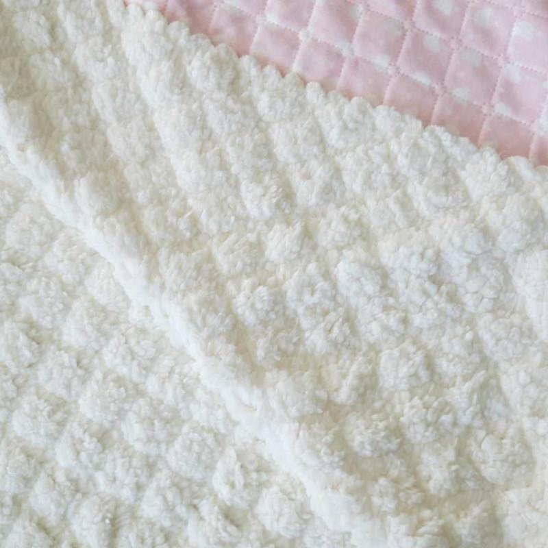 plaid bébé rose et moumout blanche personnalisé