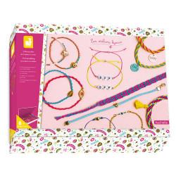 Kit créatif contenant 7 différents modèles de bracelets à créer-detail