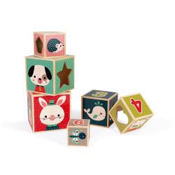 Pyramide de cubes avec de belles illustrations-detail